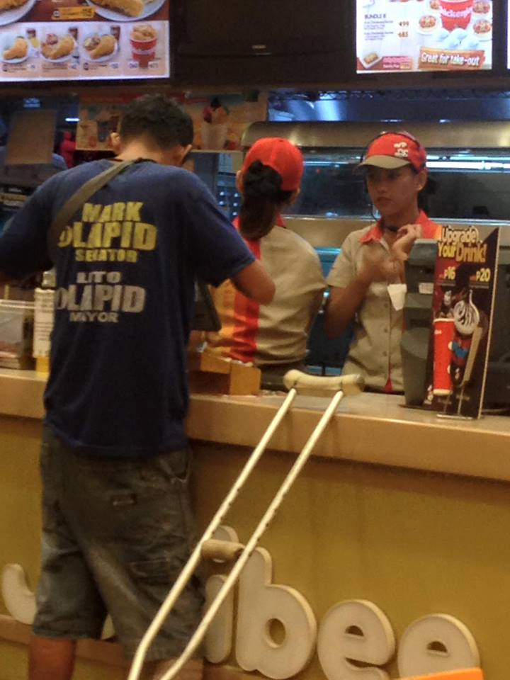 McDonalds guard won't let him in but the staff at Jollibee were more than welcoming