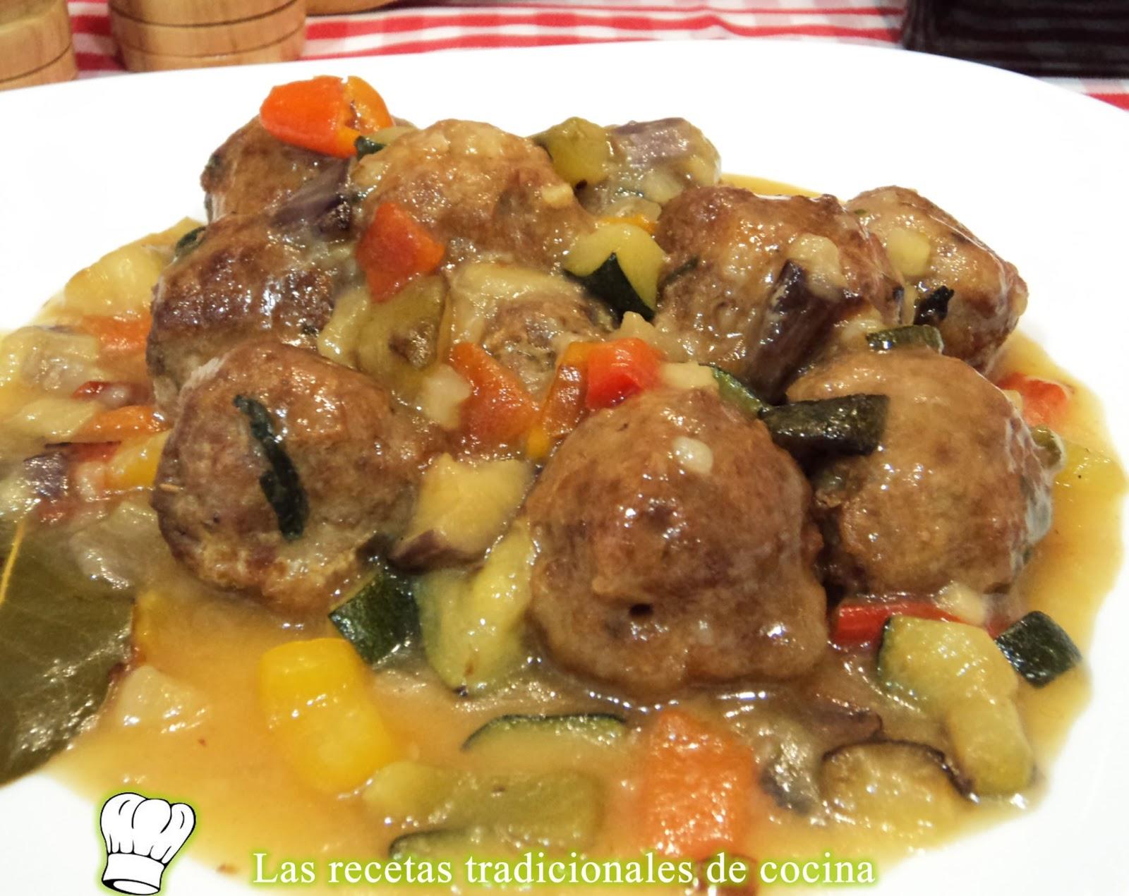 Receta de alb ndigas con salsa de verduras recetas de for Albondigas de verduras
