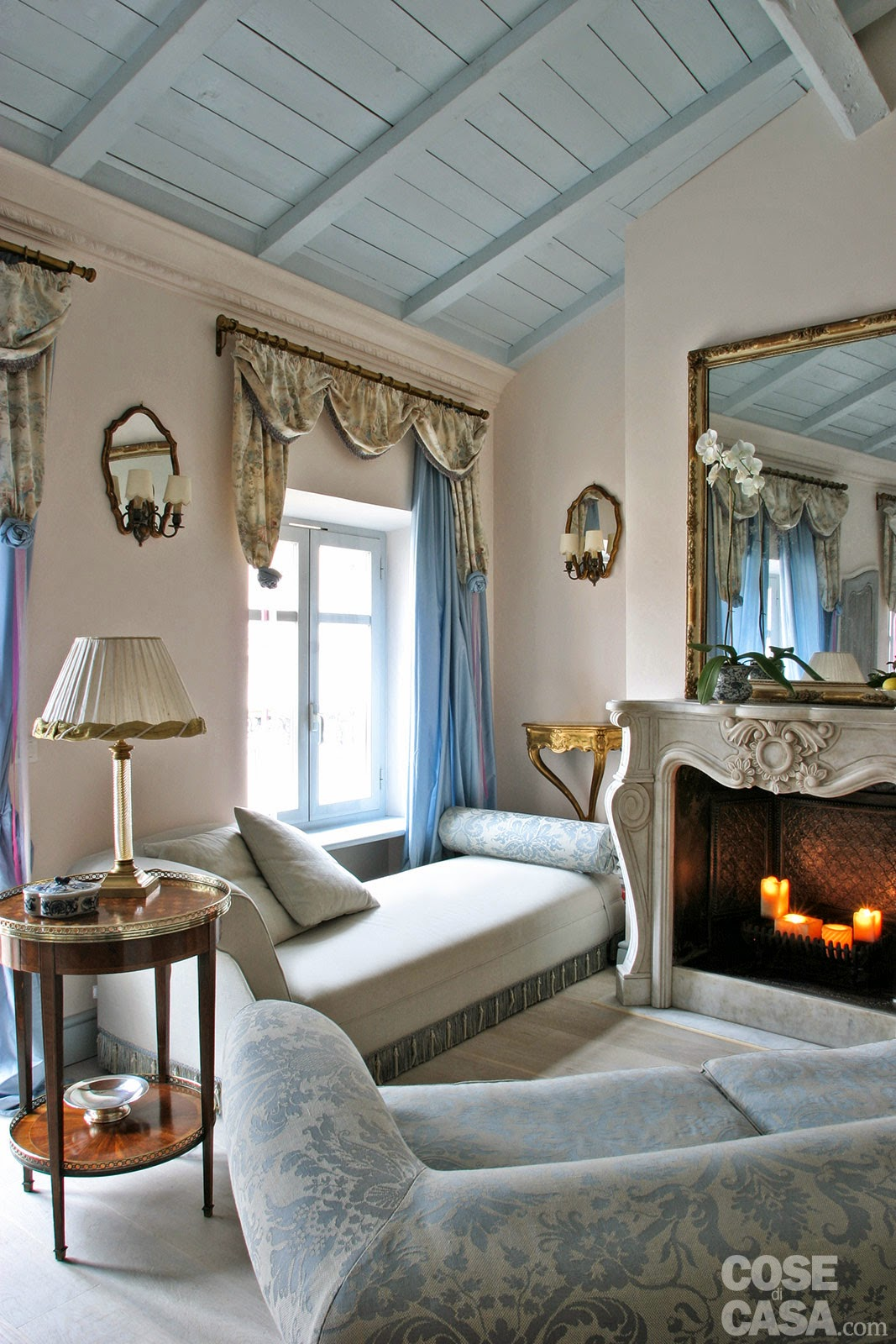 Interior design small space 60 mq una casa in tonalit for Soggiorno camino