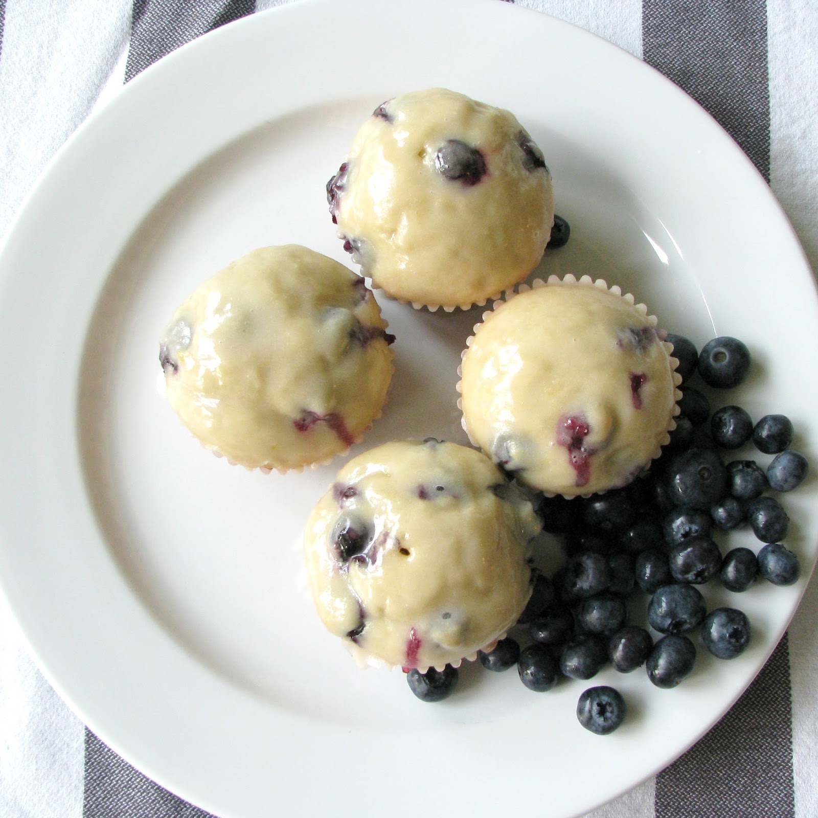 Life Love Larson: Blueberry Doughnut Muffins w/Lemon Glaze