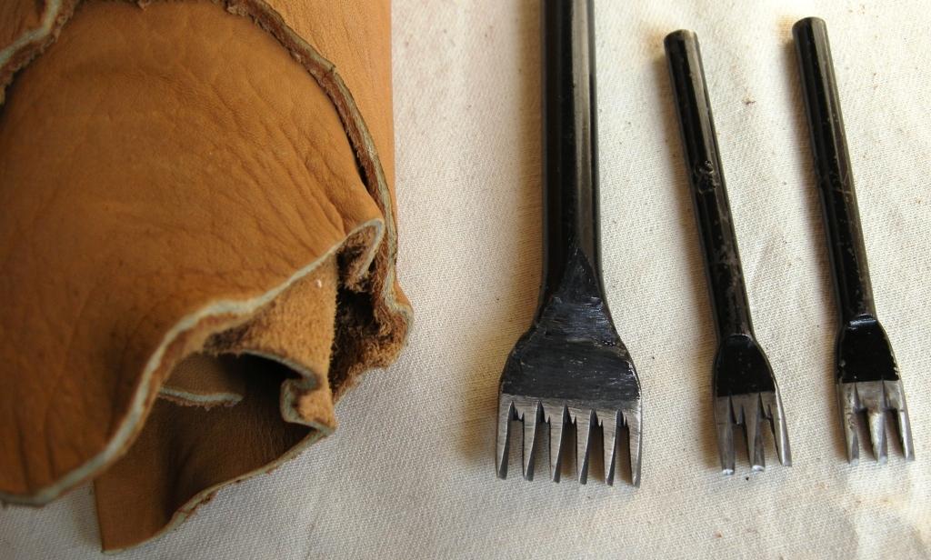 Пробойник для кожи своими руками из вилки