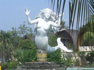 foto gambar patung putri duyung