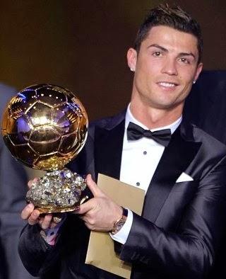 christiano ronaldo pemain terbaik fifa 2013