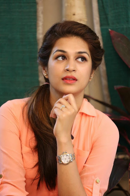 Shraddha Das HD Wallpaper