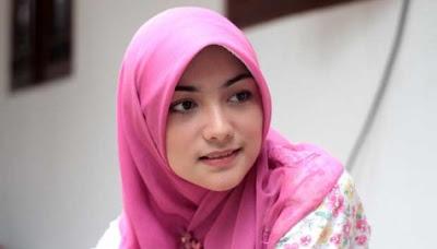 Cewek Jilbab Cantik Itu Ternyata Guru Bimbel | Cerita Dewasa Panas