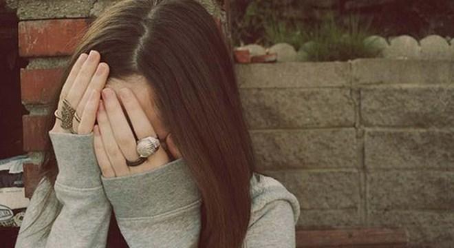 Фото девушек на аву с закрытым лицом