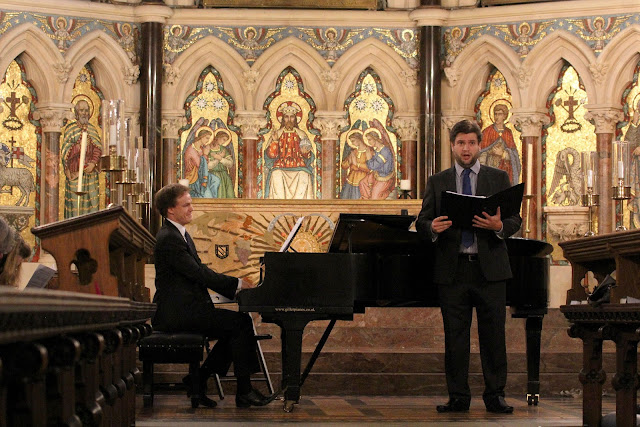 Finnegan Downie Dear (piano) with Gareth Brynmore John (baritone) Exeter College Chapel Oxford Lieder Festival 2015 credit Robert Piwko