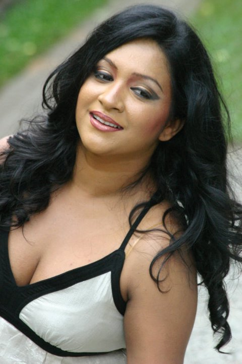 srilankan tits girls photos