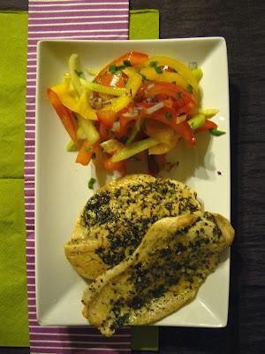 Ziołowy kurczak z orientalną sałatką