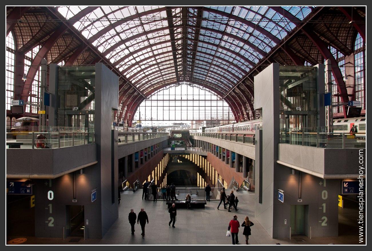 Estación de Amberes Bélgica