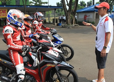 honda racing school