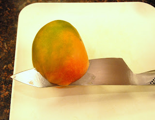 How to slice mango from the pit