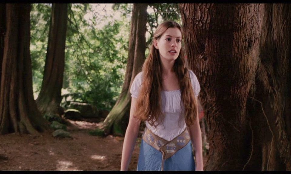 Anne Hathaway Ella Enchanted 2004 filmprincesses.filminspector.com
