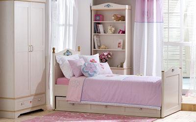 Recámara moderna, elegante y original color rosa