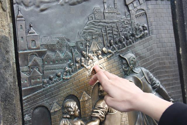 Казнь Яна Непомуцкого, Карлов мост, Прага, Чехия.