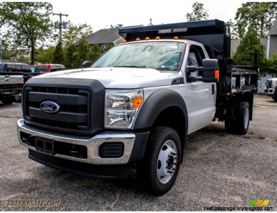 Ford F550 Super Duty Dump Truck