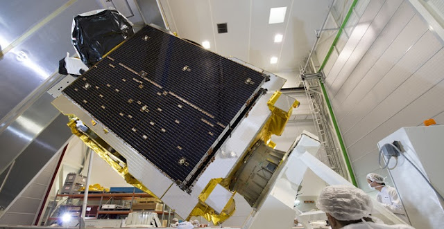Telesat's first high throughput satellite, Telstar 12 Vantage, before shipping to the launch site. Photo: Airbus Defence and Space.