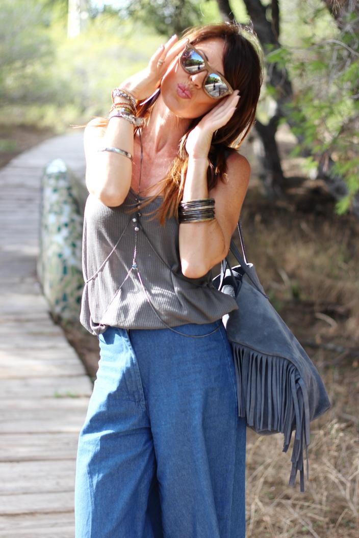 Culottes denim - outfit otoño 2015 - streetstyle - fashion blogger - Tendencias otoño 2015 - gafas Feler - Sunnies Feler