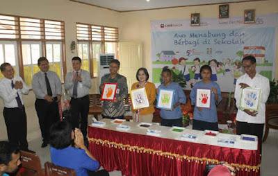 PT Bank Niaga Tbk. (CIMB Niaga) melaksanakan kegiatan corporate social responsibility (CSR) bertajuk Ayo Menabung dan Berbagi (AMDB) di wilayah timur Indonesia yang dilaksanakan sejak Rabu hingga Kamis (29/10).