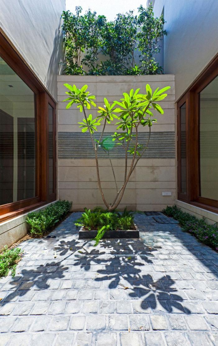 Hogares frescos lujosa residencia contempor nea desdibuja for Diseno de patios interiores