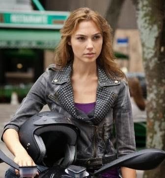Gal Gadot cast as Wonder Woman. Still from Fast Five