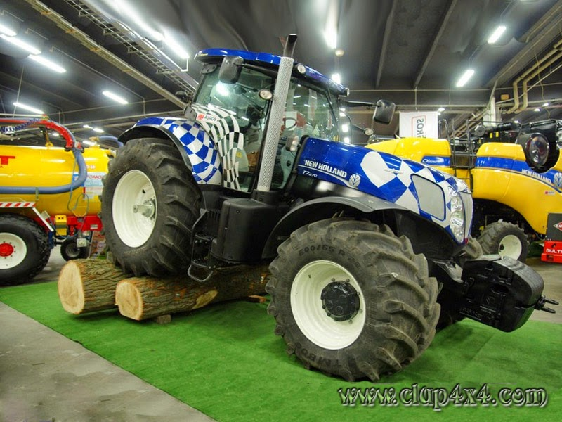 New Holland Tractor Specials : Tractors farm machinery new holland t extreme