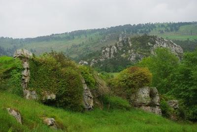 Villayón, paisaje visto desde el sendero a la cascada de Oneta
