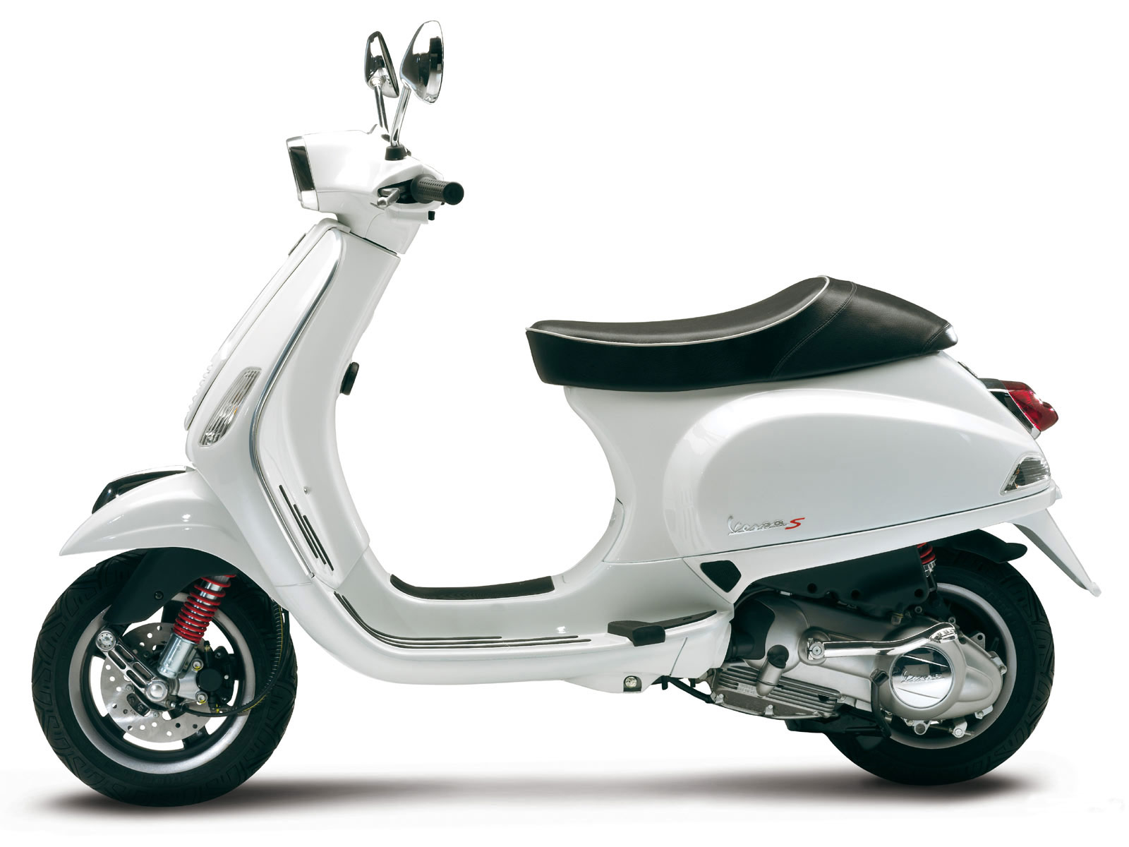 called the vespa s it s based on the existing 50cc and 125cc lx models  title=