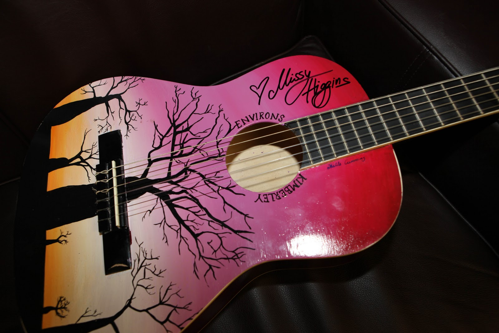 Displaying 19> Images For - Hand Painted Guitar...