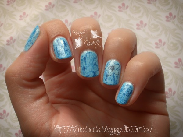 Dry brush nail art