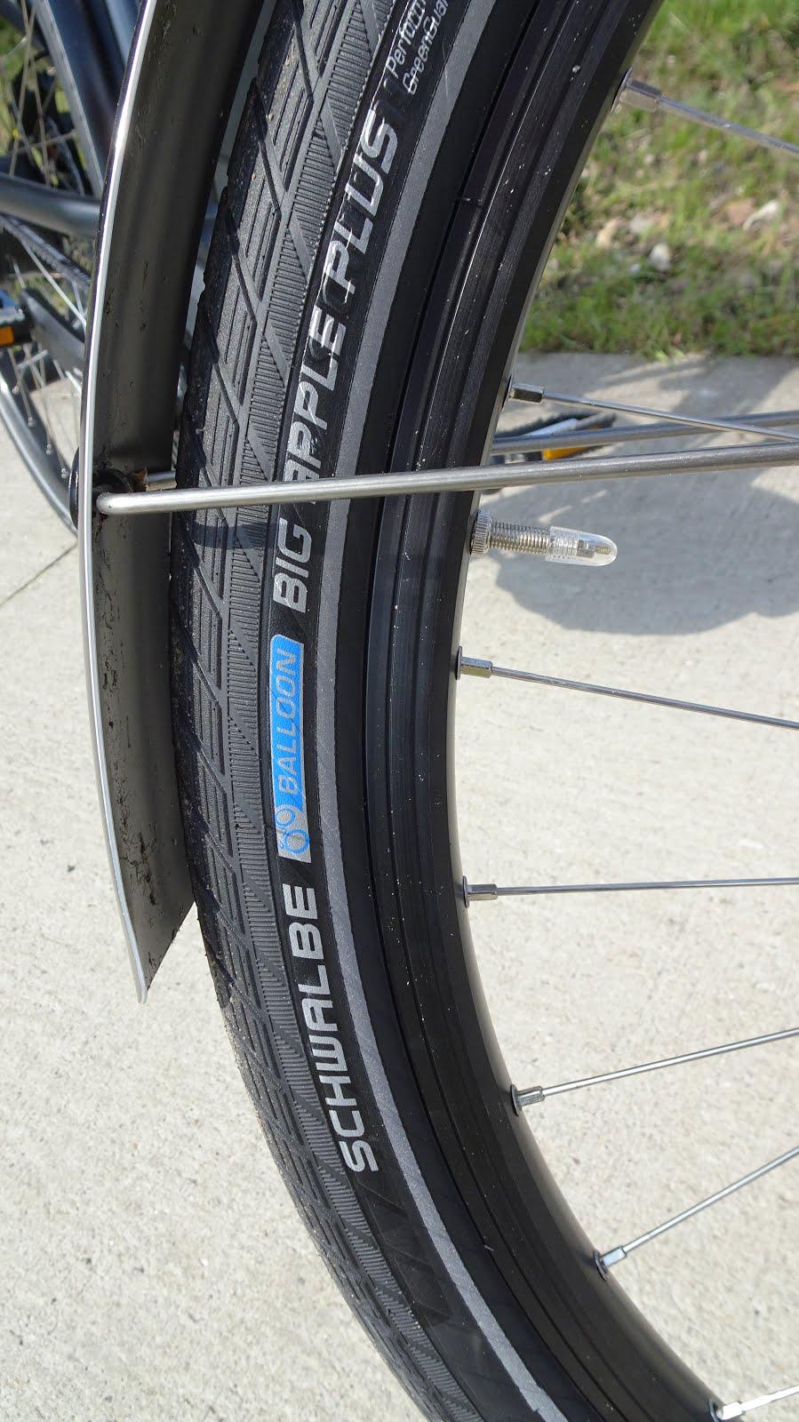 Buscamper Project 2lions  Aanpassing ventilatie koelkast en test nieuwe fietsen