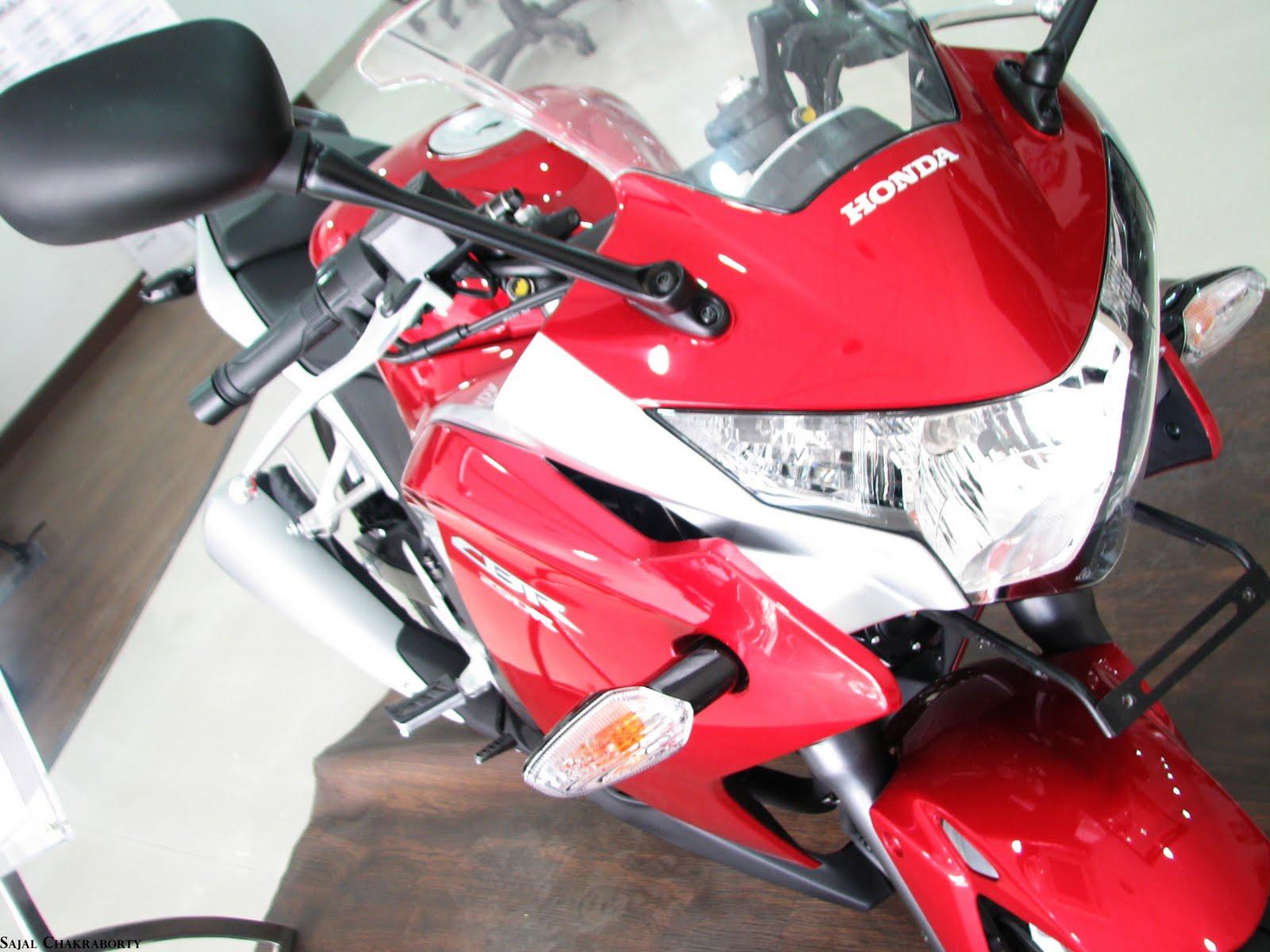 2011 Honda CBR 250R 11