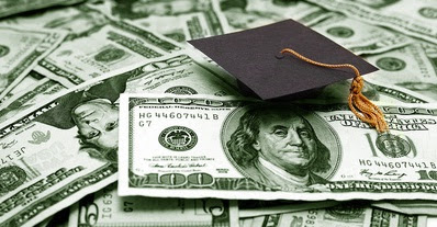 Students earn money online
