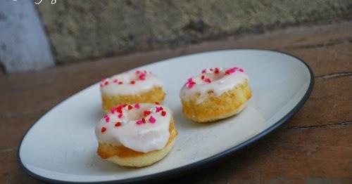 The Gingered Whisk: Mini Meyer Lemon Donuts