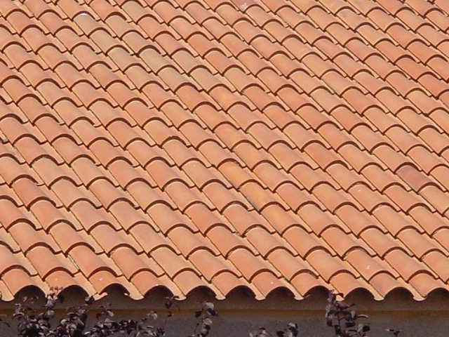 Reparaci n y reforma de tejados en madrid reparar tejado for Tejados prefabricados