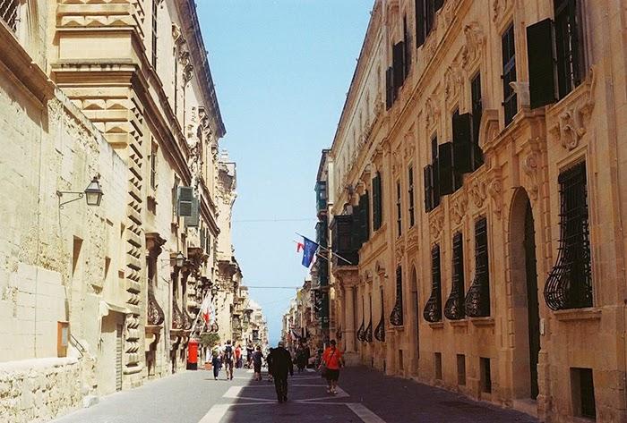 Malta Valletta Minolta X 300s DSLR Sightseeing