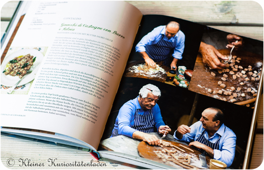"""Italienische Landküche"" von Antonio Carluccio und Gennaro Contaldo"