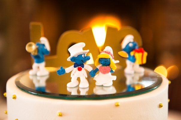eiric� interracial couple celebrate wedding with smurf
