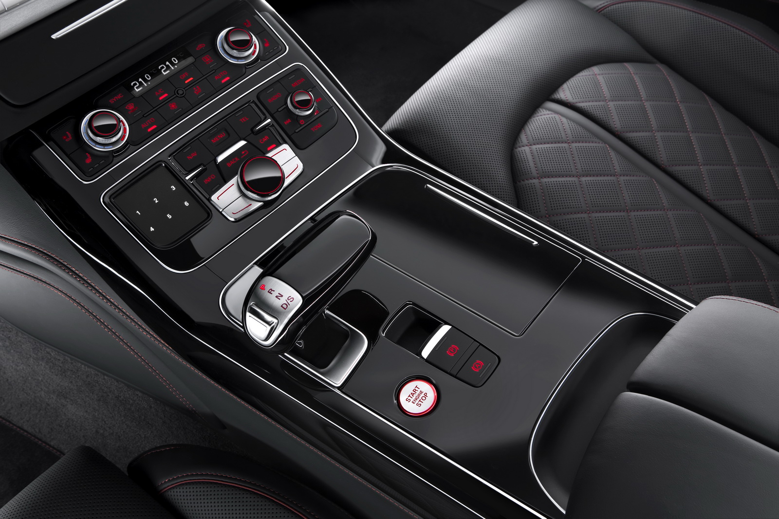 new audi s8 plus brings 605 ponies and 305km h 189mph to. Black Bedroom Furniture Sets. Home Design Ideas