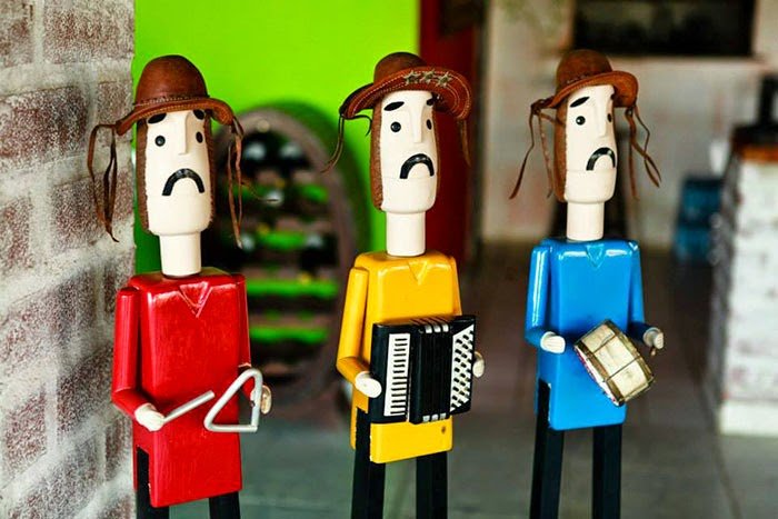 Trio pé de serra, obra de artista popular