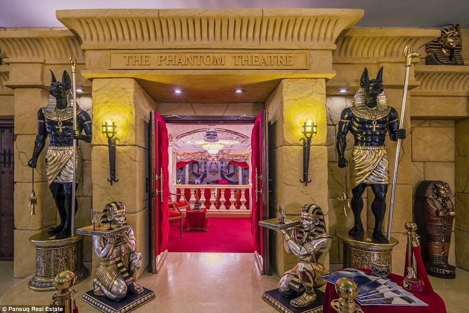 مدخل المسرح الأوبيرالي