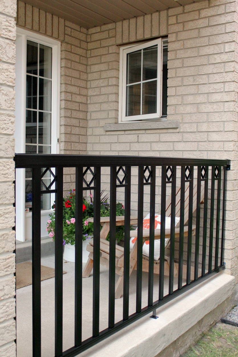 Front Elevation Railing Design : Turtles and tails installing a porch railing