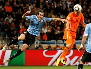 Prediksi Skor Pertandingan Uruguay vs Belanda 8 Juni 2011 Uji Coba 2011