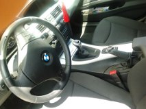 BMW 320D de 4 portas - interior automovel