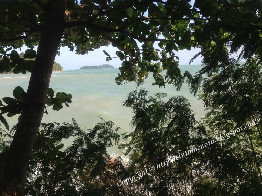 laut mengadap marina resort