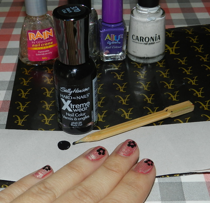 Nail art using home made dotting tools