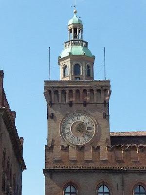 Orologio Torre Accursi Bologna