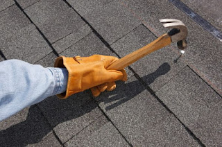 http://www.homeharmonizing.com/wp-content/uploads/2013/06/Simple-guidelines-to-follow-when-repairing-your-roof.jpg