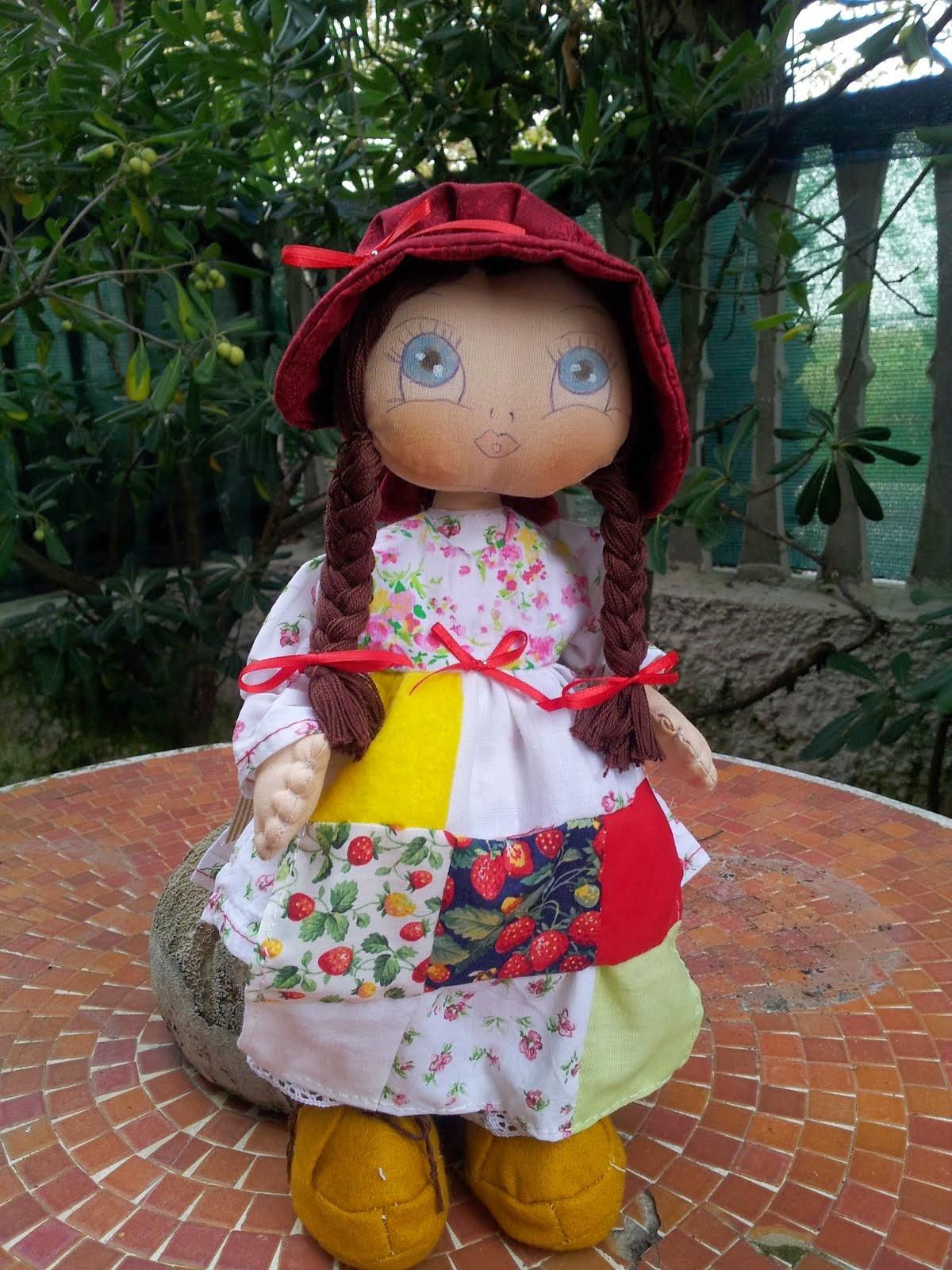 LA MIA HOLLY HOBBY CON GREMBIULINO PATCHWORK
