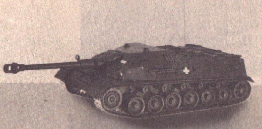 Ütőképes fegyver lehetett volna a magyar harckocsizók keze alatt
